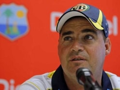 Mickey Arthur Warns Pakistan of no Compromise in Discipline