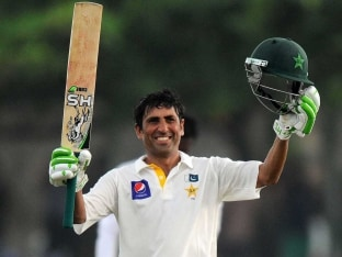 Pakistan Star Younis Khan Proud at Record Equalling Test Century