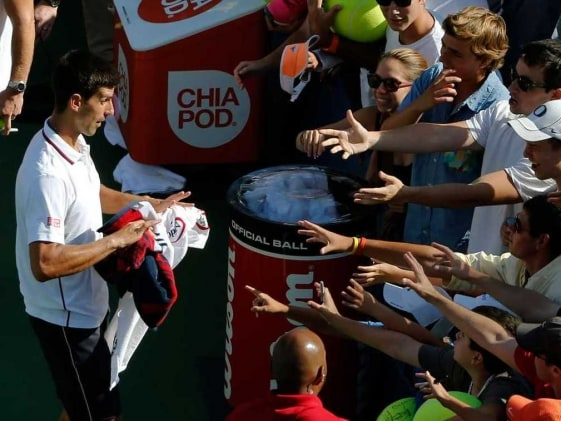 Novak Djokovic Breezes Into US Open Third Round