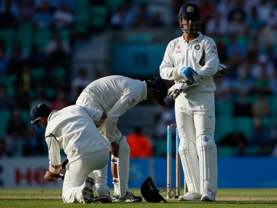 Australia Send Early Warning, Look to Add to India's Woes