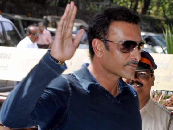 Ravi Shastri Approached During Manchester Test
