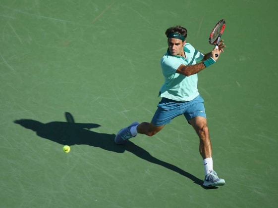 Roger Federer Replaces injured Rafael Nadal in New Tennis League