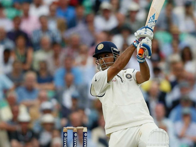 MS Dhoni batting against England at The Oval in the fifth Test Ms Dhoni Batting