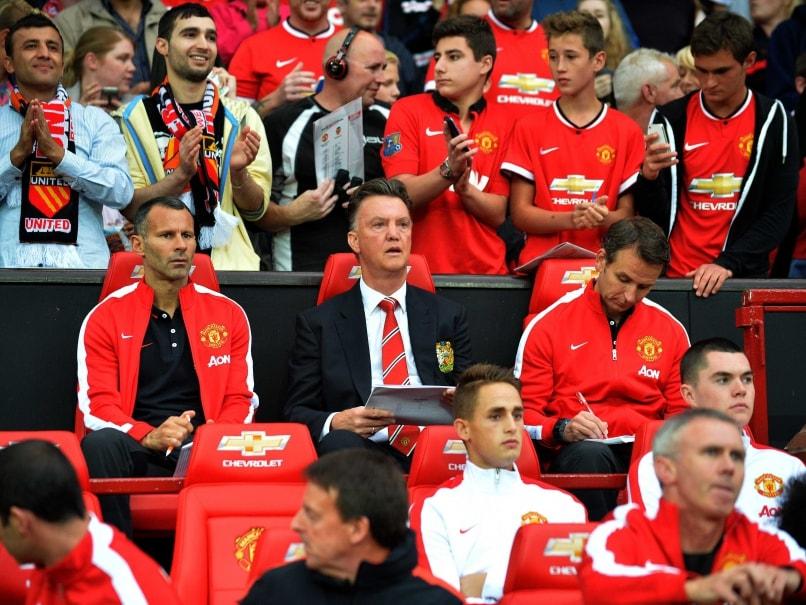 Louis Van Gaal and Man United fans