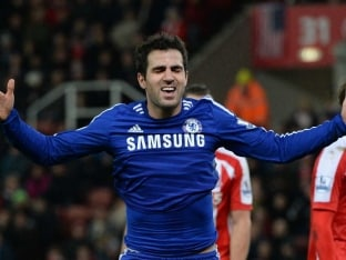 Chelsea F.C. Sink Stoke City to Secure Top-Spot at Christmas