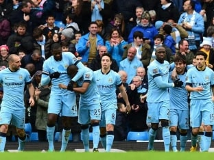 David Silva Steps up as Manchester City Reel Chelsea in