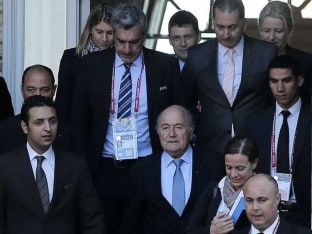 Earthquake Needed to Change 2022 World Cup, Says FIFA Boss Sepp Blatter