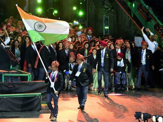 Commonwealth Games 2014: India Lead Players Parade at Opening Ceremony