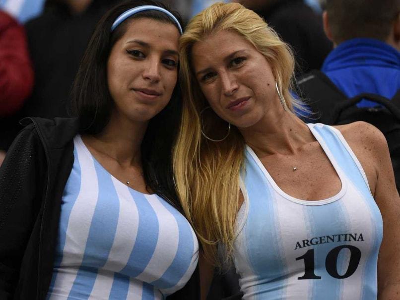 Argentina fans 45