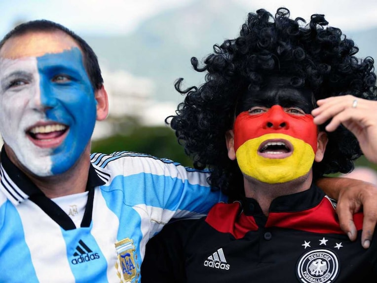 Argentina Germany fans