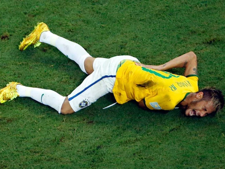 Neymar injury 4