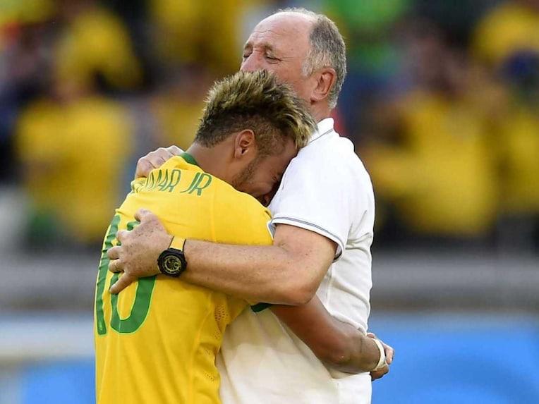 Brazil striker Neymar and manager Scolari
