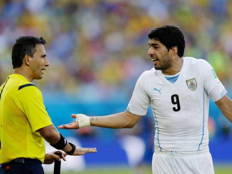 Suarez Referee