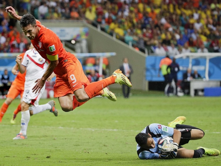 Van Persie was seen flying again but the opening goal remained elusive.