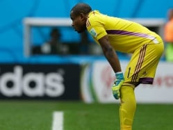 Nigeria Goalkeeper Enyeama Ruins his World Cup With Error vs France