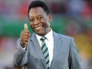 Pele Says He's 'Doing Fine' in Hospital