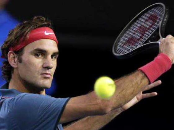 Australian Open: Roger Federer hits out at Rafael Nadal's grunting and slow play in semis