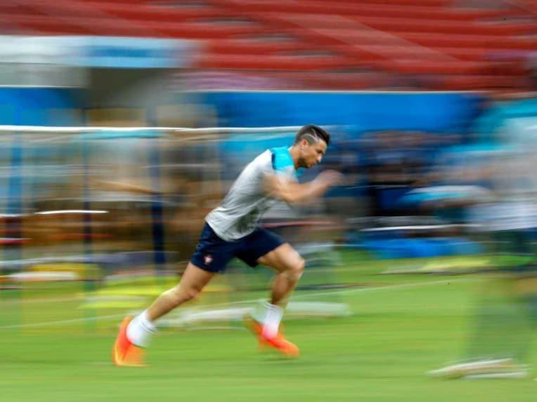 Cristiano Ronaldo training 1