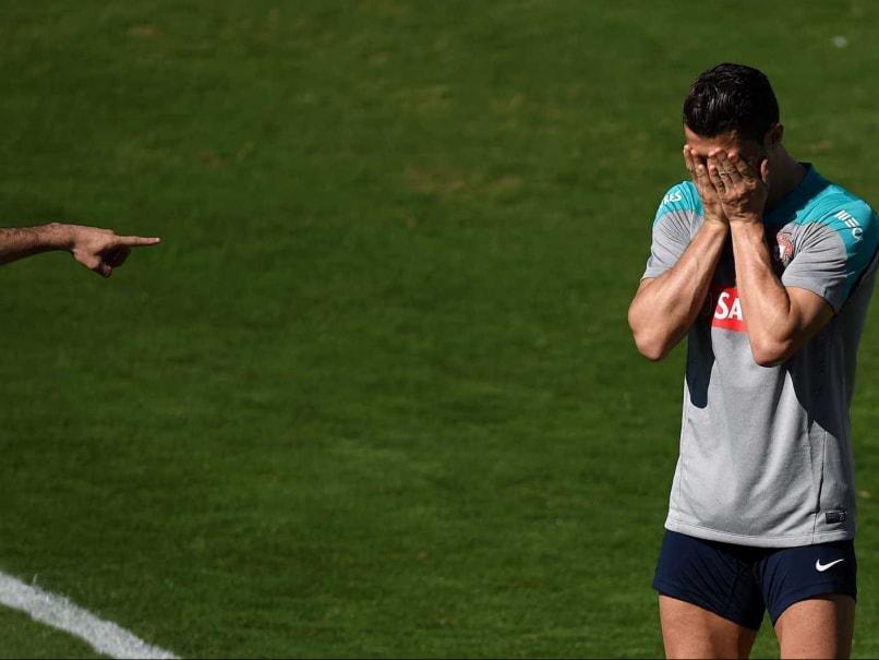 Cristiano Ronaldo trains fifa