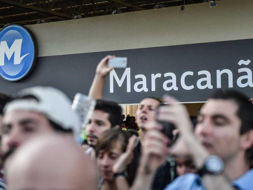 Maracana Stadium fans