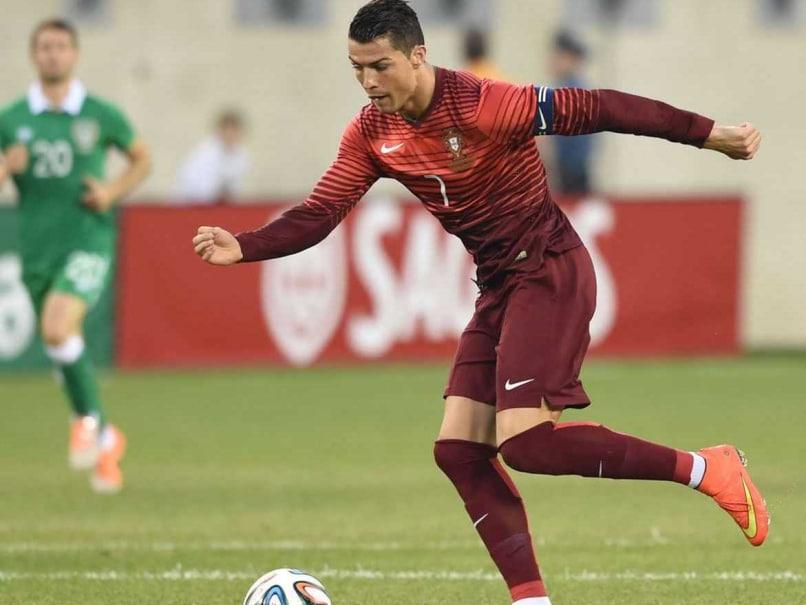 Ronaldo plays in friendly
