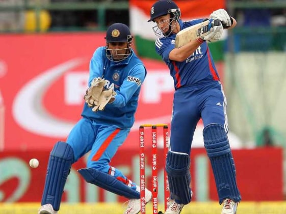 We should've batted sensibly, we're 30-35 runs short: MS Dhoni