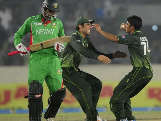 Pakistan edge Bangladesh to win Asia Cup