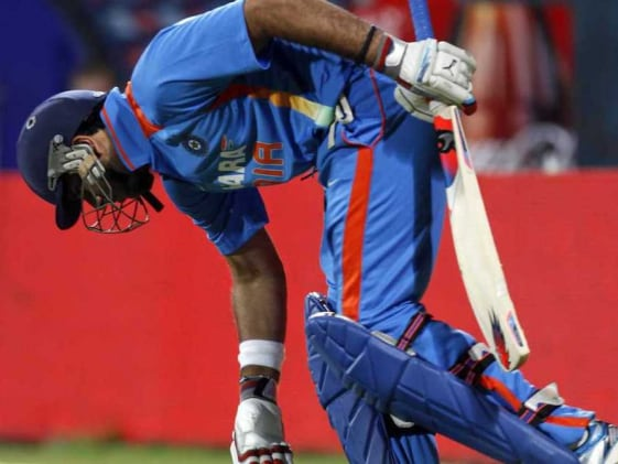 New Zealand ruin Yuvraj Singh's comeback in last-ball thriller
