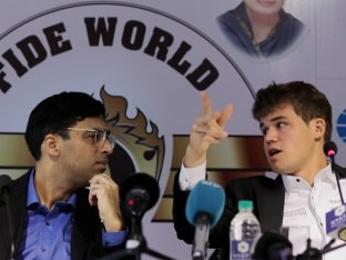 Anand Carlsen Chess World