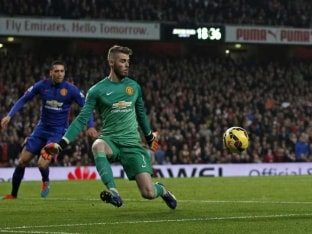 Manchester United F.C. Manager Louis Van Gaal Expects David De Gea to Get Better
