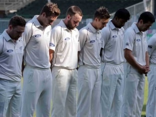 New Zealand Coach Mike Hesson Says Playing Was Tough After Phillip Hughes' Death
