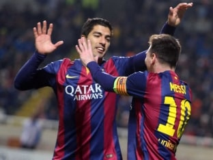 Lionel Messi Breaks Another Record, Luis Suarez Nets 1st Goal for Barcelona in Champions League