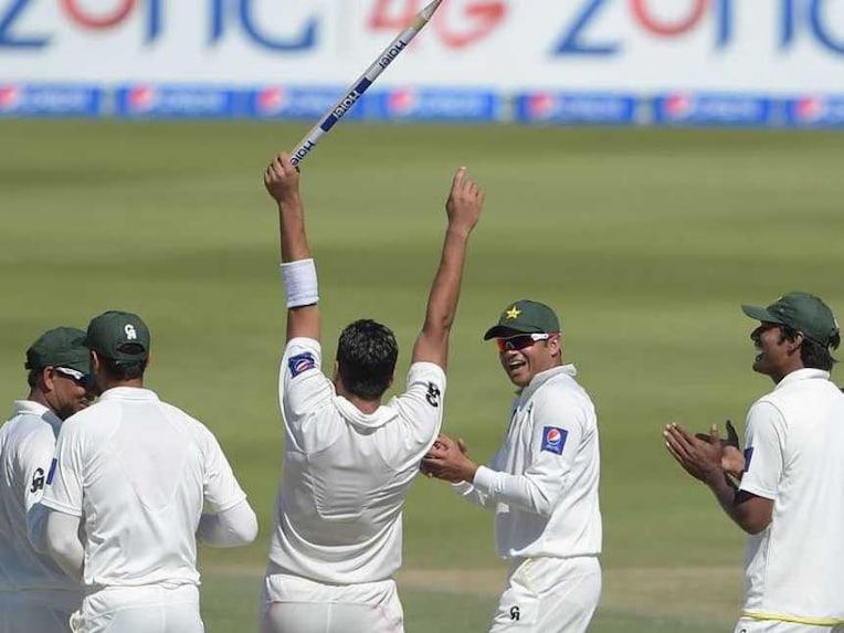 Pakistan Celebrate NZ