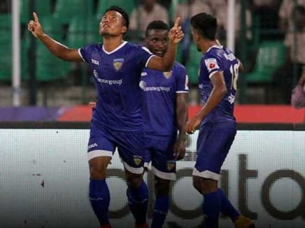 Jeje celebrates scoring a goal for Chennaiyin FC