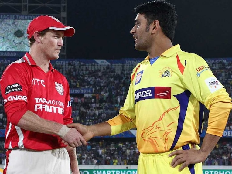Dhoni Bailey toss