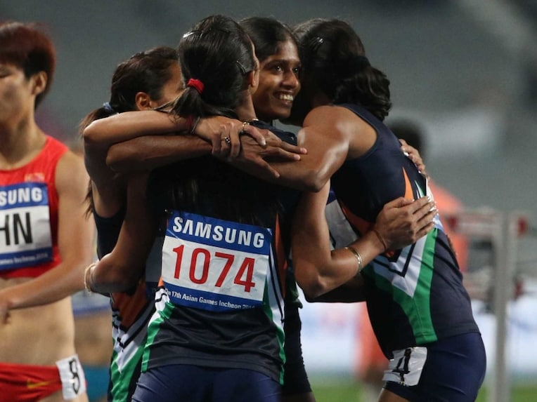 Indian Women relay team Asian