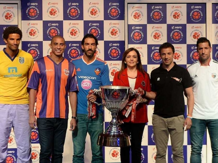 ISL trophy players