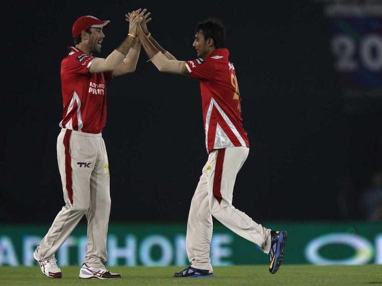 akshar wicket hobart
