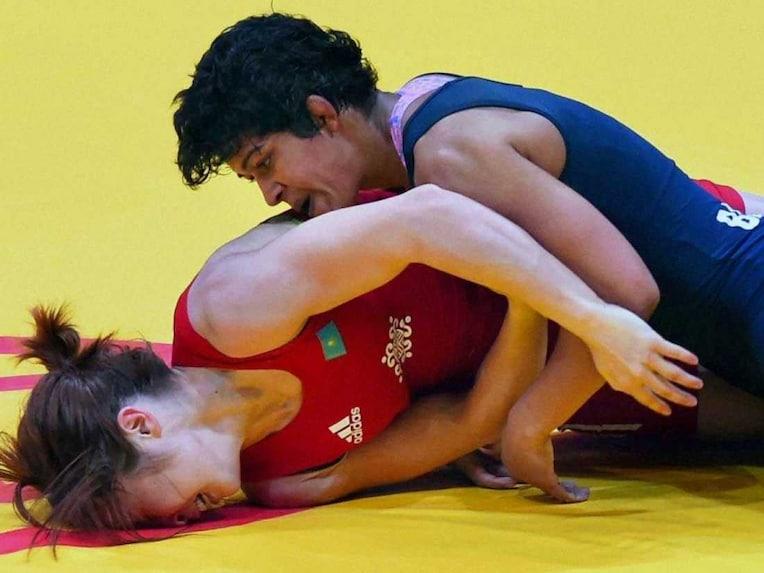 Asian Games 2014 Day 9 Highlights: Yogeshwar Wrestles to