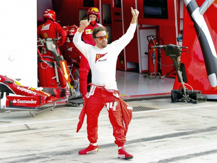 Fernando Alonso Wave