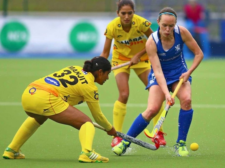 Indian women hockey 9