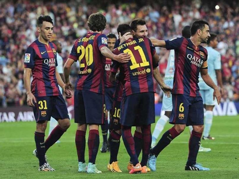 Messi Neymar Hug