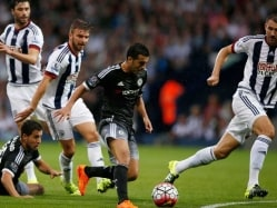 Pedro Helps Chelsea to Thrilling Win, Manchester City Reclaim Top Spot