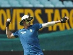 Injured Dale Steyn to Miss Kotla Test Against India