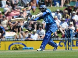 Dilshan Ruled Out of First Twenty20 Against India With Hand Injury