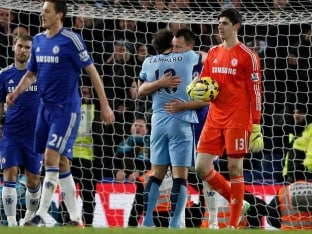 Chelsea F.C. Draw vs Manchester City F.C., Maintain Five-Point Lead at Top of EPL Table