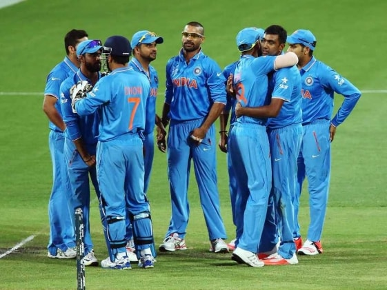 World Cup 2015: Mahendra Singh Dhoni Hails India's Match-Winning Bowlers
