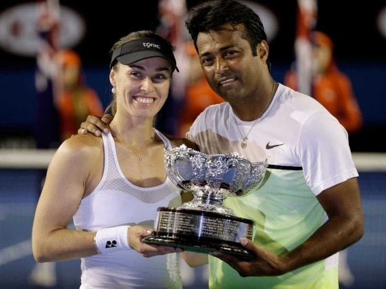 Leander Paes-Martina Hingis Win Australian Open Mixed Doubles Title