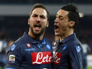Gonzalo Higuain Controversial Brace Sees Napoli up to Third in Serie A