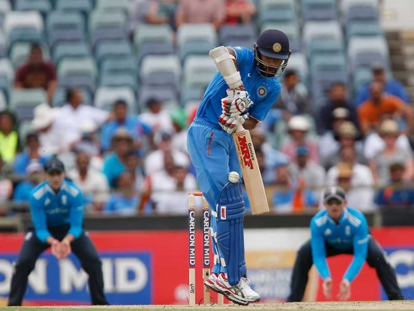 India vs England Live Score: 6th Match at Perth